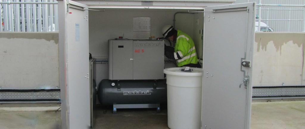 Compressor servicing